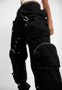 Jaded London - ROUND POCKET CARGO - Jean boyfriend - black - 4