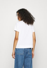 Calvin Klein Jeans - ARCHIVES TEE - Print T-shirt - bright white - 2