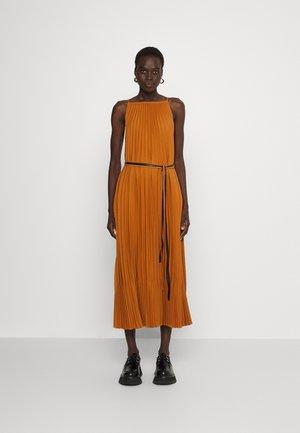 CREPE PLEATED SLIP DRESS - Day dress - walnut