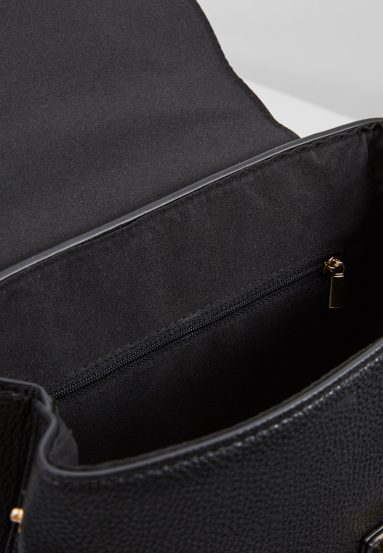 Dorothy Perkins TAB DETAIL BACKPACK Ryggsäck black