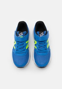 New Balance - Neutral running shoes - blue/lime - 3