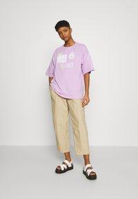 Even&Odd - T-shirt con stampa - lilac - 1