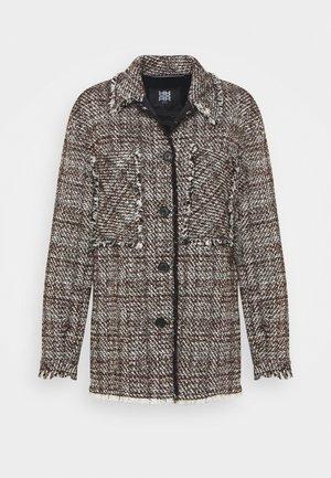 Krátký kabát - onyx brown