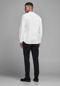 Jack & Jones PREMIUM - Formal shirt - white - 2