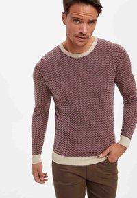 DeFacto - Stickad tröja - red - 3