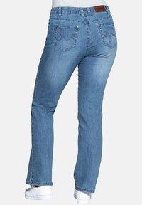 Sheego - Flared Jeans - light blue - 2