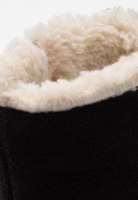 Birkenstock - LILLE - Zimní obuv - black - 2