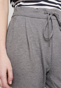 Vero Moda - VMEVA LOOSE STRING PANTS - Trousers - medium grey - 4
