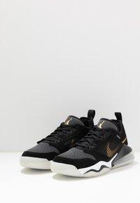 Jordan - MARS 270  - Basketball shoes - black/metallic gold/dark smoke grey/white/pure platinum - 2