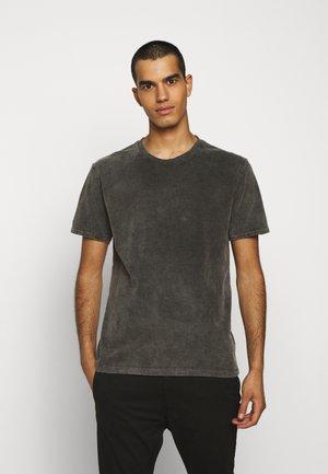 LIAS - T-shirt basic - grau