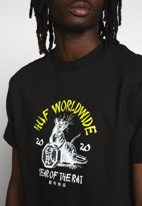 HUF - YEAR OF THE RAT TEE - T-shirt z nadrukiem - black - 4