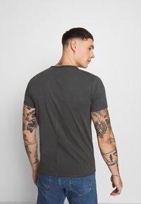 Replay - T-shirt basic - cold grey - 2