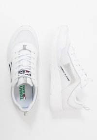 Tommy Jeans - FLEXI RUNNER - Trainers - white - 3