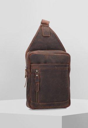 VINTAGE REVIVAL - Across body bag - tobacco
