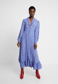 Ghost - ANOUK DRESS - Abito a camicia - blue - 0