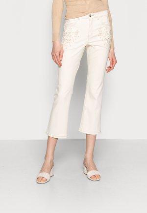 JADA JEANS - SHAPE FIT - Jeans Tapered Fit - biscotti