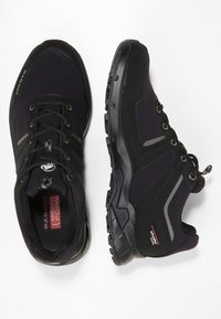 Mammut - ULTIMATE PRO LOW GTX  - Hiking shoes - black - 1