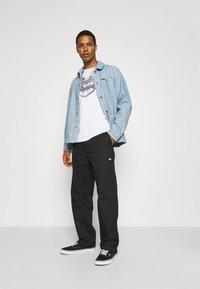Brixton - SURVEY RESERVE CHORECOAT - Summer jacket - worn indigo - 1