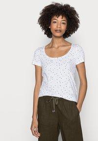 Esprit - COO DANCER - Print T-shirt - white - 3