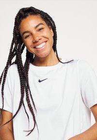 Nike Performance - Basic T-shirt - white/black - 3