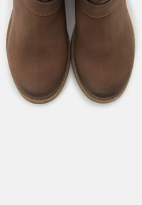 NAE Vegan Shoes - JUNE VEGAN - Nilkkurit - brown
