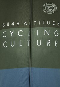 8848 Altitude - SKYLINE BIKE - Print T-shirt - clover - 2