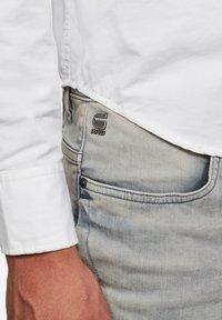 G-Star - D-STAQ 3D  - Denim shorts - medium aged - 2