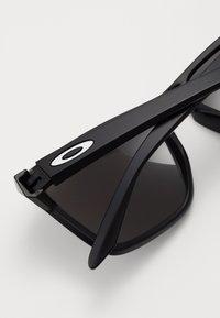 Oakley - SYLAS UNISEX - Sonnenbrille - matte black - 2
