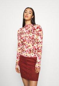 ONLY - ONLJULIE BONDED SKIRT - Mini skirt - fired brick - 0