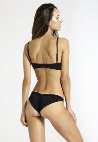 Sixty Ninety - Bikini top - black - 1