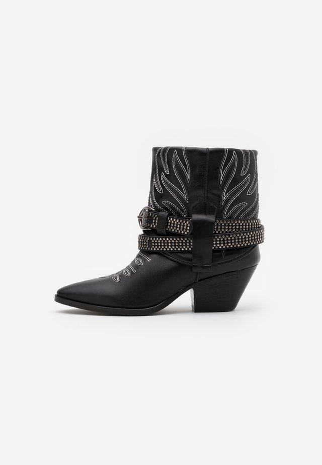 RAFANO STIVALE - Cowboy/biker ankle boot - black