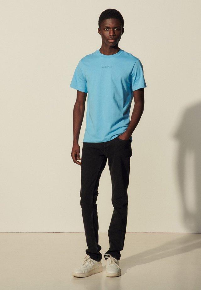 SOLID TEE  - Basic T-shirt - bleu pastel