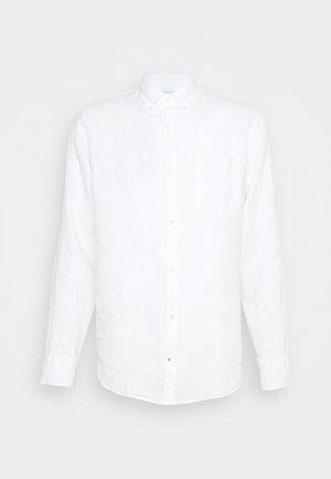 LEVON - Košile - white