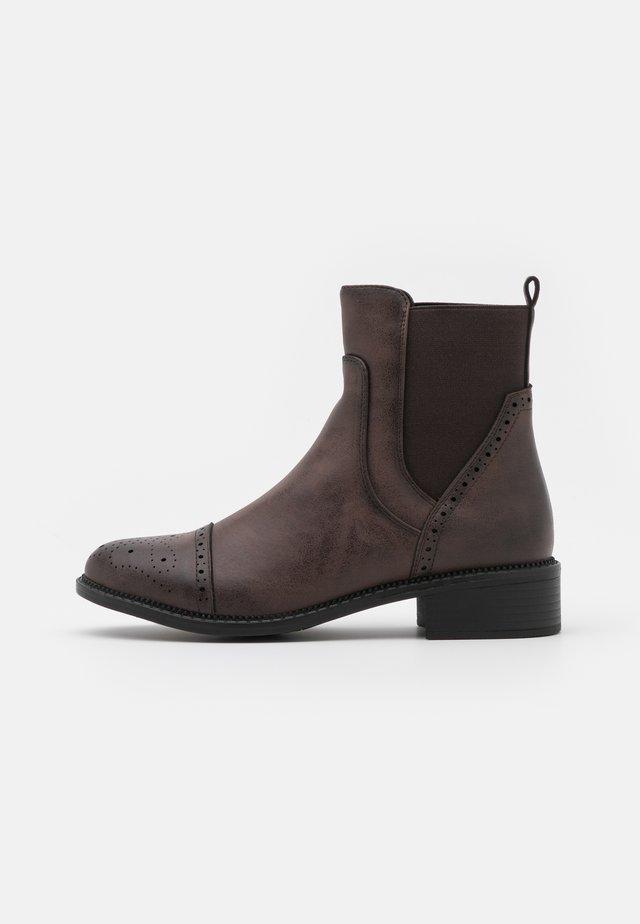 Stivaletti - dark brown