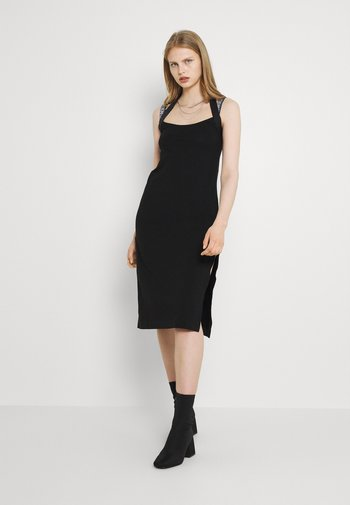 SAMMY - Jersey dress - schwarz
