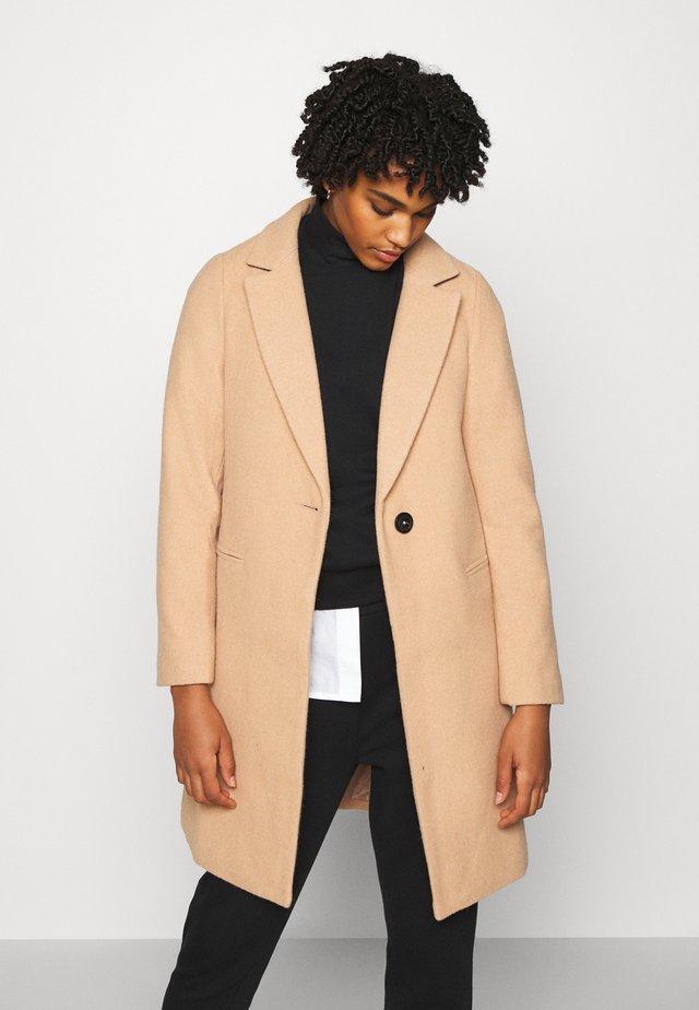 PIPPA COAT - Zimní kabát - camel