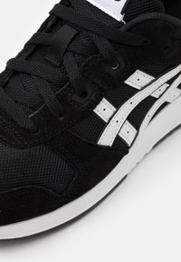 ASICS SportStyle - LYTE CLASSIC UNISEX - Sneakers - black/white - 5