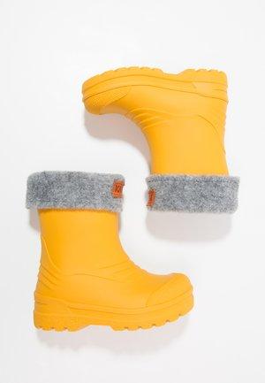 GIMO  - Gummistövlar - yellow