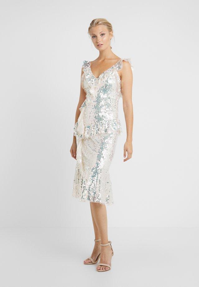 SCARLETT SEQUIN DRESS - Sukienka koktajlowa - champagne/silver