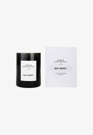LUXURY BOXED GLASS CANDLE - Świeca zapachowa - bay berry