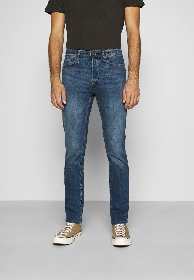 JJIOTTIM JJORIGINAL  - Jeans slim fit - blue denim