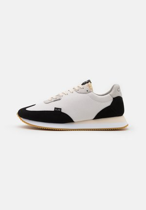 RUNYON - Matalavartiset tennarit - white/black