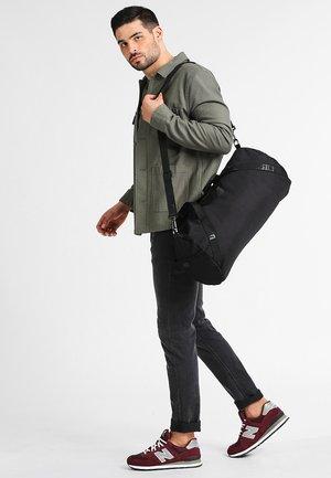 BAG - Sportovní taška - black