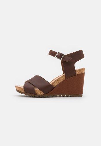 FLEX SUN - Wedge sandals - tan