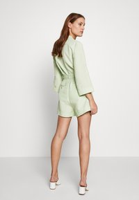 CMEO COLLECTIVE - POSSIBLE - Shorts - citron - 2