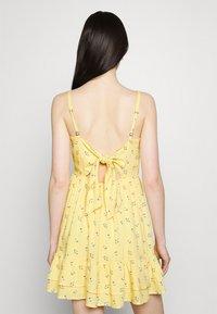 Hollister Co. - BARE SHORT DRESS - Day dress - yellow - 3