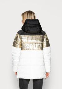 Liu Jo Jeans - IMBOTTITO OVATT LUNG - Winter coat - snow white/nero - 2