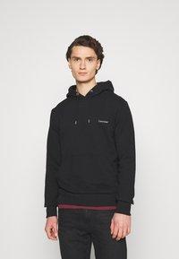 Calvin Klein - LOGO EMBROIDERY HOODIE - Hoodie - black - 0