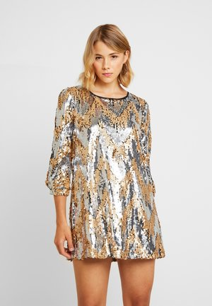 MULTI SEQUIN DRESS - Juhlamekko - silver