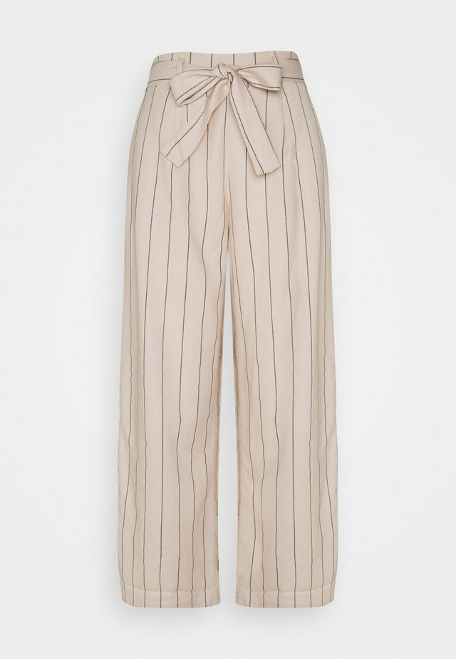 VIKULIO CROPPED PANTS - Pantaloni - natural melange/black